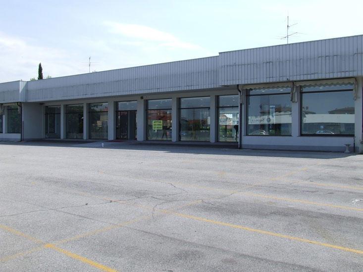 Vendita locali commerciali brescia affitto commerciale for Affitto commerciale