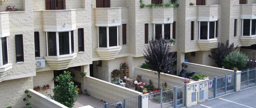 Vendita villette cremona casa in vendita cremona for Appartamenti in affitto a cremona arredati